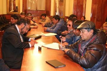 Entre denuncia de sabotaje conforman una comisión revisora en Sepsa