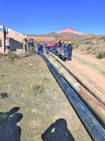 Inicia proyecto de bombeo de agua de La Palca a Potosí