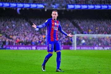 Neymar es el fichaje más caro de la historia