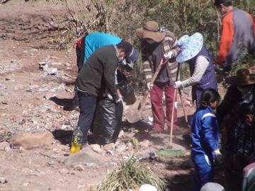 Limpian todos los desechos en Miraflores