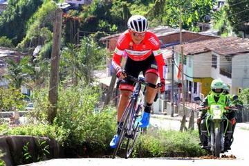 Alex Cano gana la quinta etapa de la Vuelta a Colombia y Cala sigue como líder