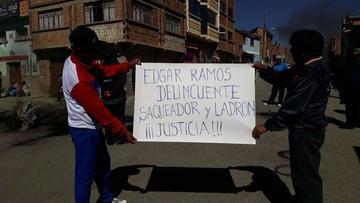 Achacachi: pobladores están en paro indefinido por renuncia del alcalde