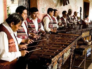 La marimba  se reinventa  con melodías modernas