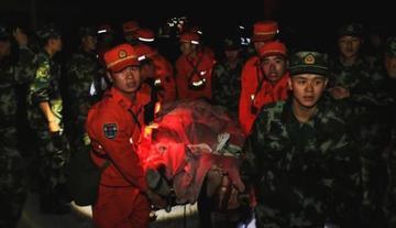 Ya son 19 los muertos por dos terremotos en China