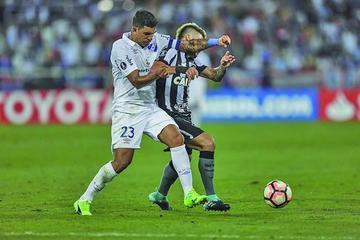Botafogo sentencia en seis minutos y vuelve a cuartos de final tras 44 años