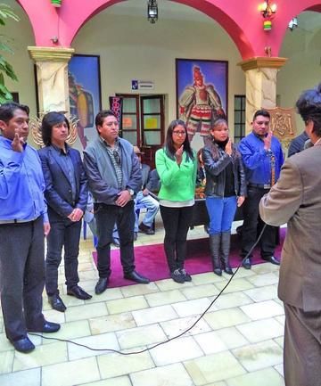 Posesionan directorio local de la Sociedad de la Quena
