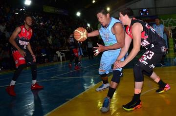 Pichincha cae en la primera semifinal de la Libobásquet