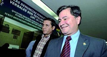 Exsenador boliviano, Roger Pinto se mantiene estable