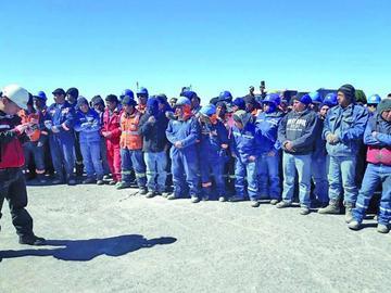 Restituyen a trabajador despedido tras conflicto en la planta de litio