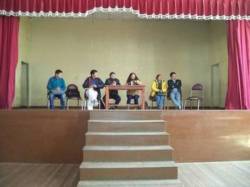 Los maestros y padres de familia acuerdan evitar paros en Potosí