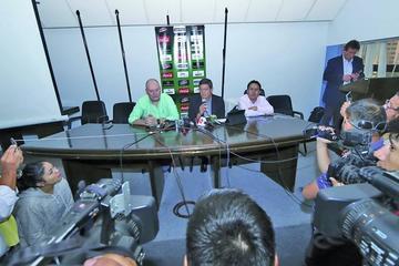 Soria llama a 30 jugadores para enfrentar a Perú y Chile