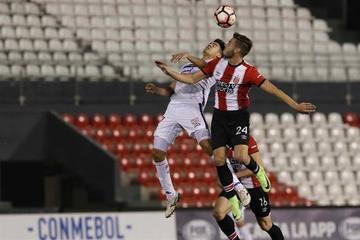 Nacional vence a Estudiantes