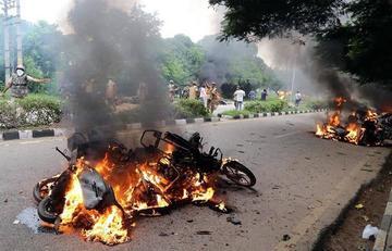 Disturbios tras condena a gurú en la India dejan 30 fallecidos
