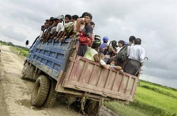 Ataques de los rebeldes rohinyás en Birmania causan 72 fallecidos