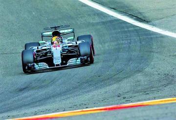 """Hamilton logra la """"pole"""" en el Gran Premio de Bélgica"""
