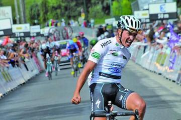 Alaphilippe gana la octava etapa en España