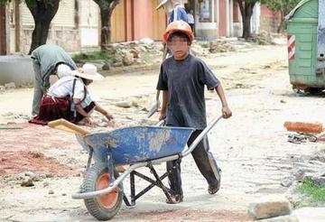 Confirman existencia de trabajo Ilegal de adolescentes en Potosí