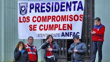 Paro de aduaneros chilenos pone en riesgo el comercio de Bolivia