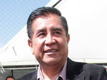Salinas se compromete a ayudar al fútbol potosino
