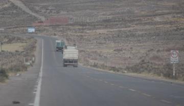 La Policía reporta que la vía Potosí - Sucre está expedita