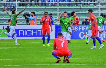 Bolivia gana y hunde a los chilenos