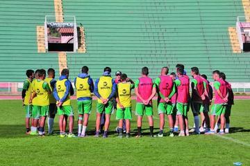 La U apelará al balón detenido para sumar en Oruro