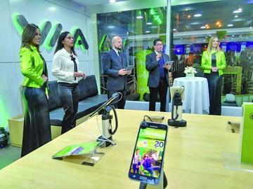 Viva abre tienda para demostrar el mundo virtual
