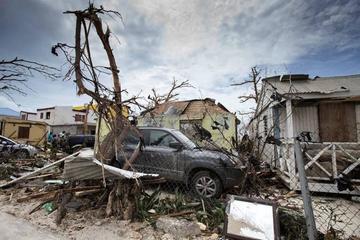 Tres huracanes mantienen en vilo a las Antillas y al Caribe