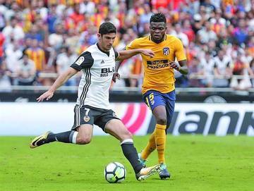 Valencia logra un justo empate con Atlético