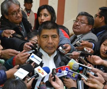Justifican viaje de Morales a Venezuela