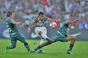 Fluminense vence por la mínima diferencia a Liga de Quito en la ida de los octavos