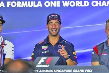 Ricciardo domina el GP de Singapur