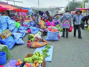 Los mercados tienen una amplia oferta de frutas