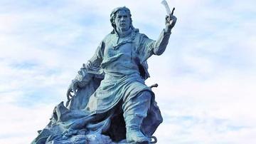 Trasladan la estatua de Azurduy en Buenos Aires