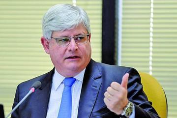 Fiscal acaba mandato marcado por lucha contra la corrupción