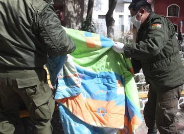 Policía retirado se suicida colgándose de un árbol por un problema judicial