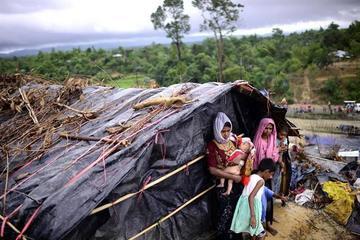 La desesperación y necesidad crecen para refugiados rohinyá