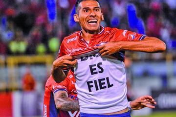 """Álvarez: """"tenemos con qué golpearlo en su cancha"""""""