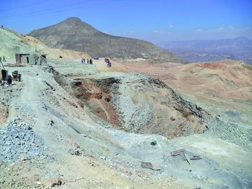 Definen acciones para evitar más muertes en minas del Cerro Rico