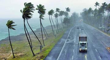 República Dominicana se escapa de sufrir el impacto de dos huracanes