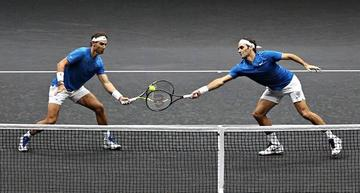Nadal y Federer ganan en su primer partido en la Copa Laver