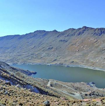 El agua de las lagunas alcanzará hasta diciembre según el alcalde
