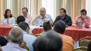 Oposición venezolana espera gestos del Gobierno para continuar diálogo