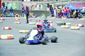 Carrera de karting tendrá en competencia a 20 pilotos