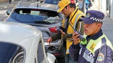 La Paz: Alcaldia aplica tarifa por uso de espacios públicos