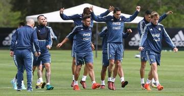 Salvio y Pérez se perfilan en el once de Argentina