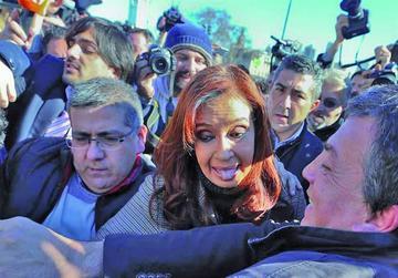 Citan a expresidenta Fernández por pacto que denunció Nisman