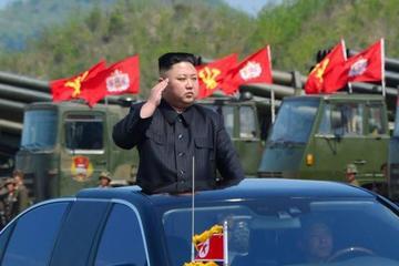 La familia Kim refuerza su poder en el 72 aniversario
