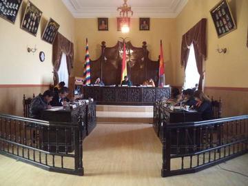 Cinco concejales desconocen a los miembros de la directiva del Concejo