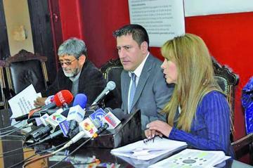 Identifican 58 personas y 3 subredes de poder durante la privatización
